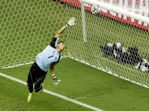 Dünya Kupası'na damga vuran kaleciler