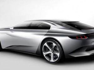 Peugeot EXALT vitrine çıktı