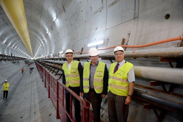 Başbakan Davutoğlu, Avrasya Tüneli'ni denetledi 1