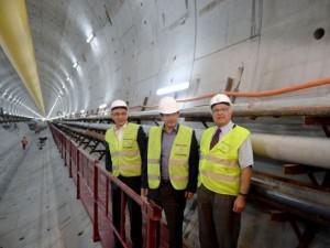 Başbakan Davutoğlu, Avrasya Tüneli'ni denetledi