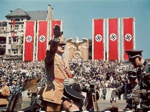 Hitler ve görmediğiniz fotoğrafları