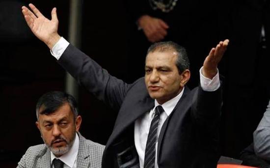 AK Parti'de aday olamayacak 73 isim 67