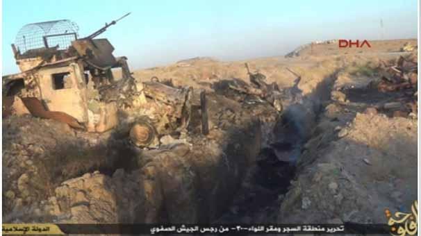 IŞİD, korkunç katliamın fotoğraflarını yayınladı 5