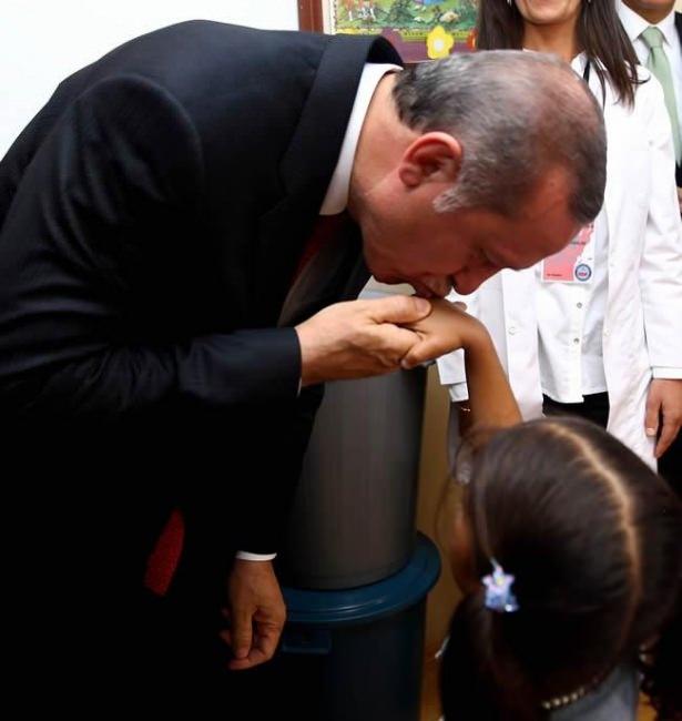 Erdoğan çadırkentte Suriyelileri ziyaret etti 4