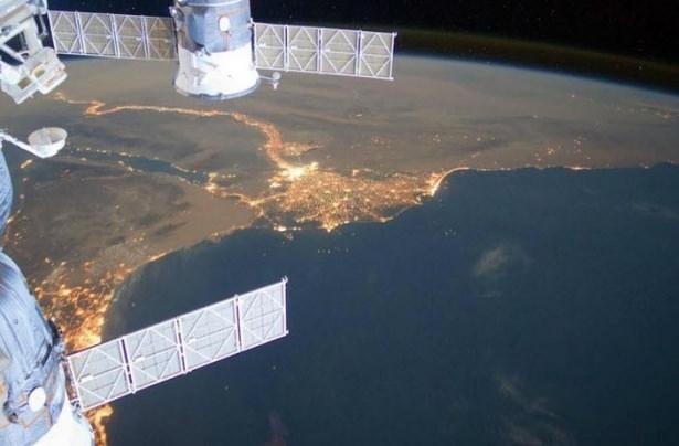 Dünyanın uzaydan çekilen harika fotoğrafları 1