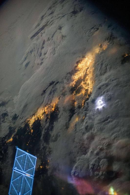 Dünyanın uzaydan çekilen harika fotoğrafları 34