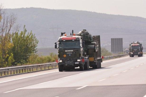Suriye sınırına tank sevkıyatı! 5