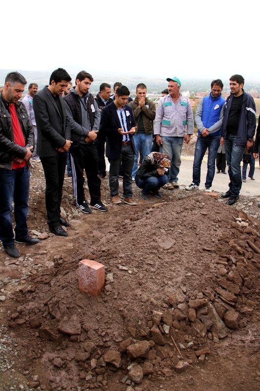 Şehit polisler son yolculuğuna uğurlandı 10