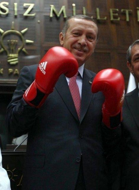 Siyasi liderlerin gülümseten fotoğrafları 10