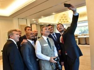 Siyasi liderlerin gülümseten fotoğrafları
