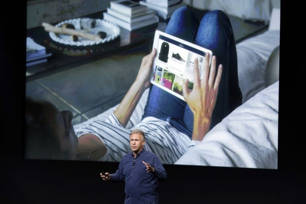 Apple merakla beklenen ürününü tanıttı 14