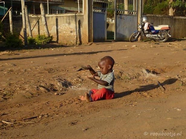 Dünya çocuklarının en mutlu anları 31