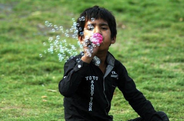 Dünya çocuklarının en mutlu anları 38