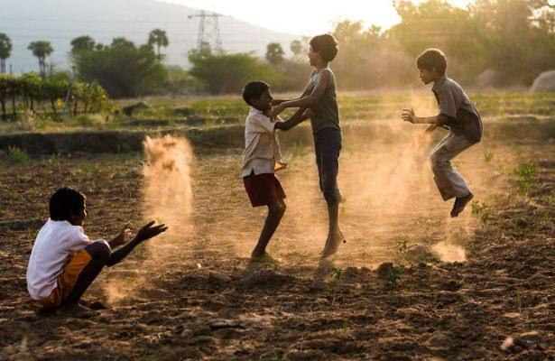 Dünya çocuklarının en mutlu anları 43