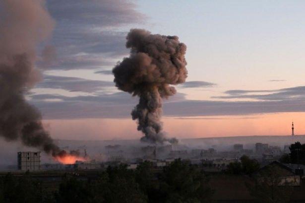 IŞİD Kobani'yi alev topuna çevirdi 3