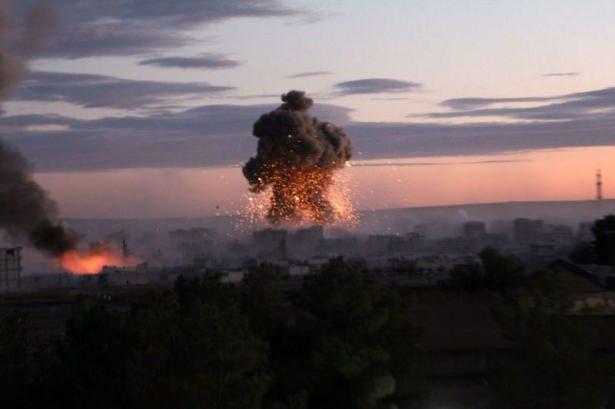 IŞİD Kobani'yi alev topuna çevirdi 7