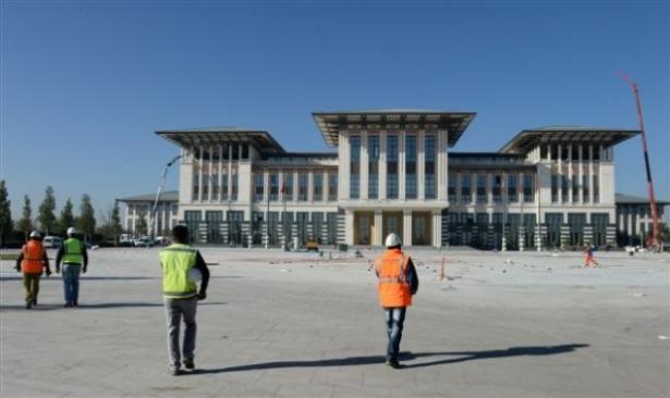 Yeni Cumhurbaşkanlığı binasına tabela asıldı 21
