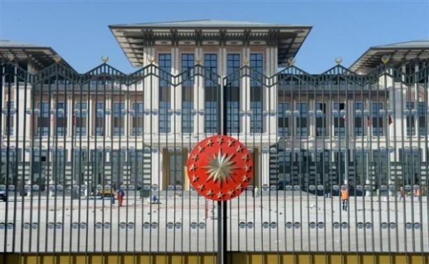 Yeni Cumhurbaşkanlığı binasına tabela asıldı 22