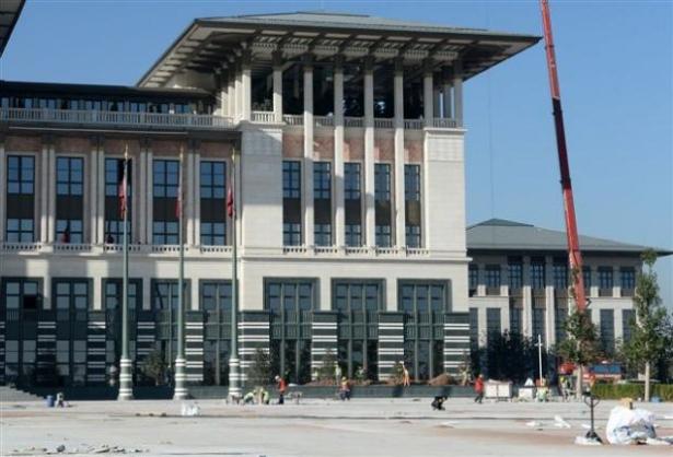 Yeni Cumhurbaşkanlığı binasına tabela asıldı 24