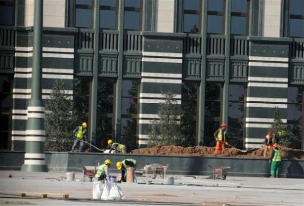 Yeni Cumhurbaşkanlığı binasına tabela asıldı 8