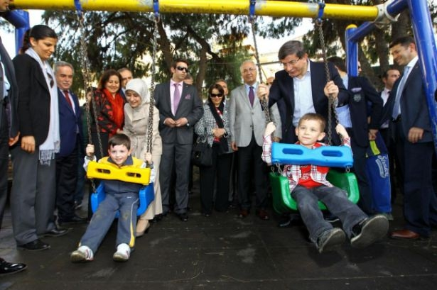 Görmediğiniz fotoğraflarla Ahmet Davutoğlu 30