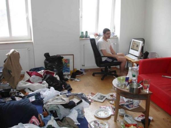 Öğrenci evlerinden şaşırtan kareler 19