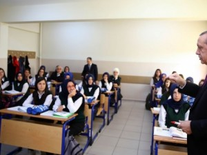 Erdoğan'dan öğrencilere ders