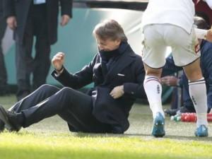 Marco Andreolli, Mancini'yi yere serdi