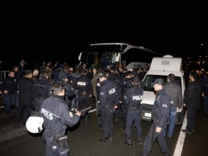 F.Bahçe kafilesine Trabzon'da silahlı saldırı