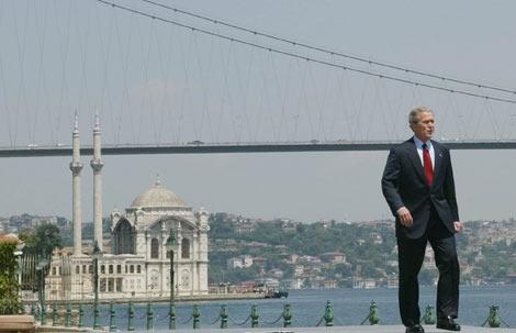 Türkiye'ye gelen liderlerin unutulmaz kareleri 5