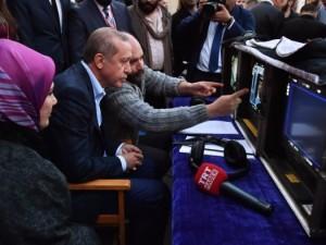 Erdoğan'dan 'Filinta' setine sürpriz ziyaret