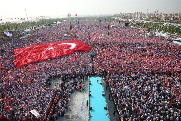 Başbakan Davutoğlu İstanbul'da konuştu 1