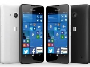 Microsoft'un yeni telefonu satışa sunuldu