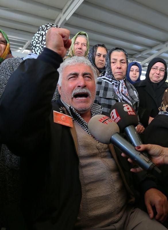Şehitler gözyaşlarıyla son yolculuğuna uğurlandı 34