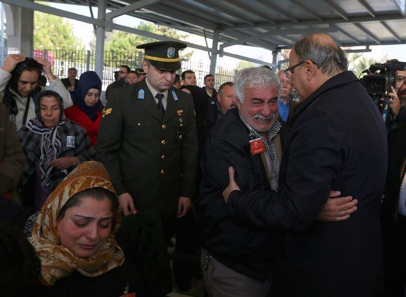 Şehitler gözyaşlarıyla son yolculuğuna uğurlandı 35