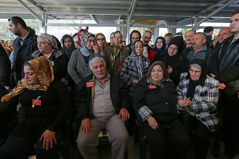 Şehitler gözyaşlarıyla son yolculuğuna uğurlandı 42