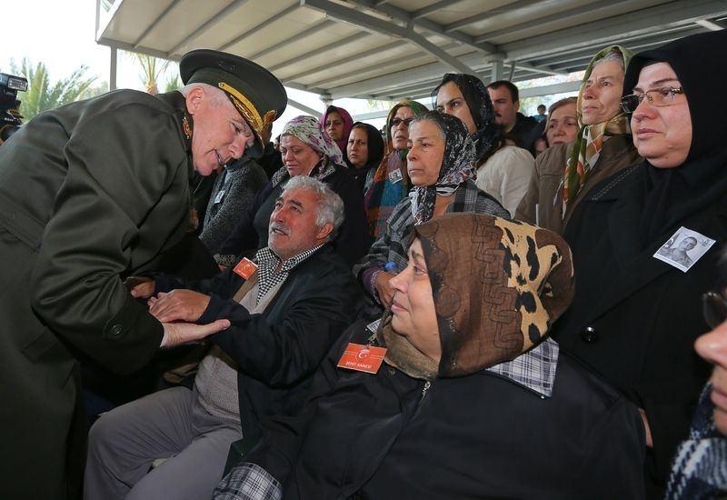 Şehitler gözyaşlarıyla son yolculuğuna uğurlandı 43