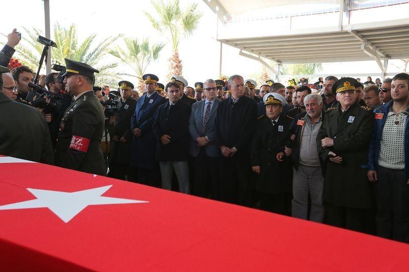 Şehitler gözyaşlarıyla son yolculuğuna uğurlandı 55