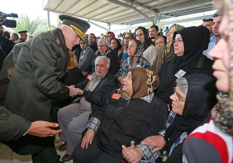 Şehitler gözyaşlarıyla son yolculuğuna uğurlandı 56