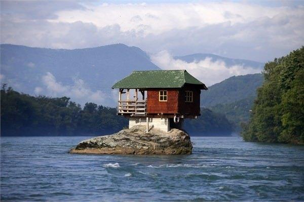 İşte dünyanın en tuhaf evleri 11