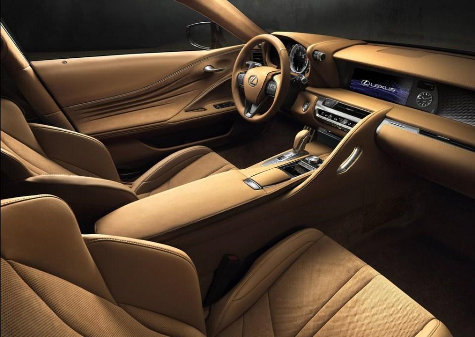 BMW 6'ya yeni rakip: Lexus LC 500 2017 17