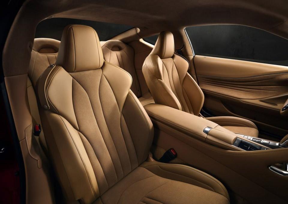 BMW 6'ya yeni rakip: Lexus LC 500 2017 18