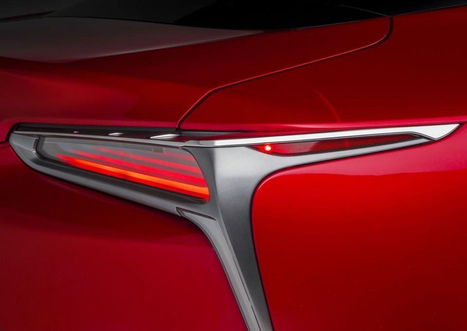 BMW 6'ya yeni rakip: Lexus LC 500 2017 25