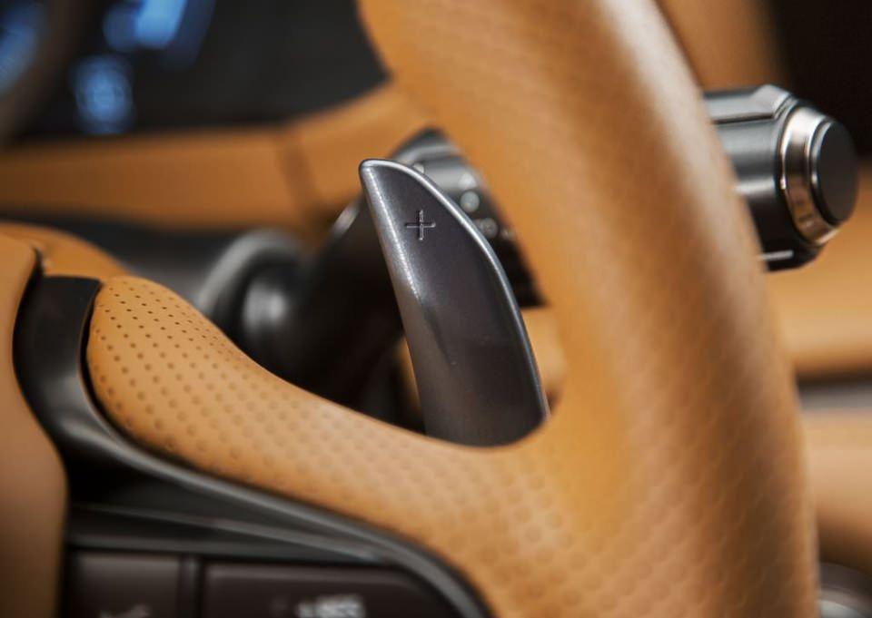 BMW 6'ya yeni rakip: Lexus LC 500 2017 64