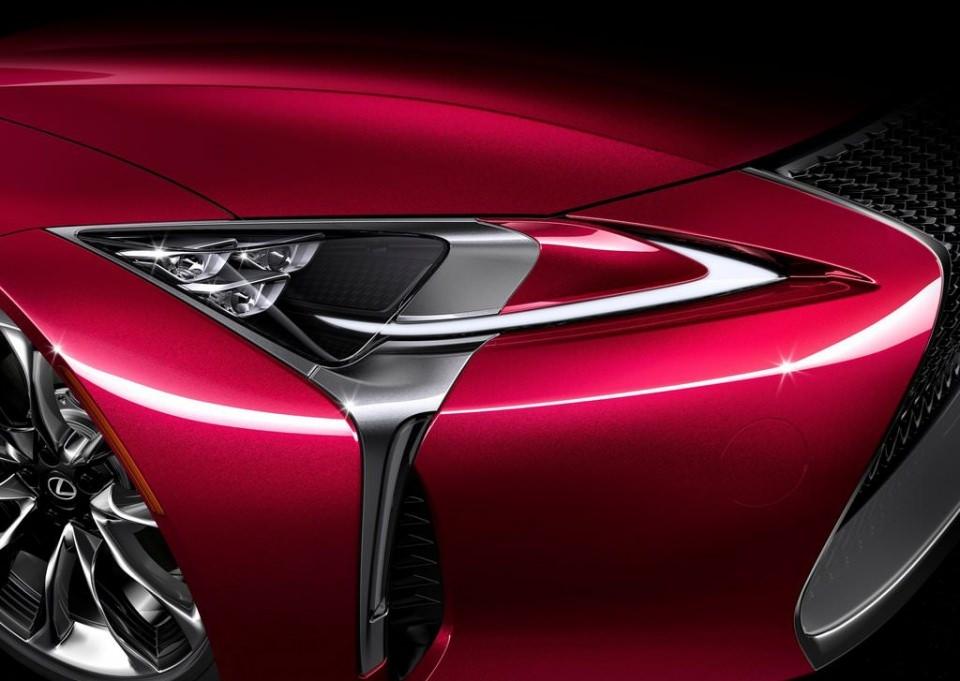 BMW 6'ya yeni rakip: Lexus LC 500 2017 71