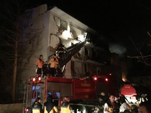 Diyarbakır'da 3 ayrı noktaya eş zamanlı saldırı 12
