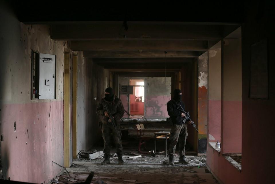 Polis'ten PKK'ya ilginç not 1