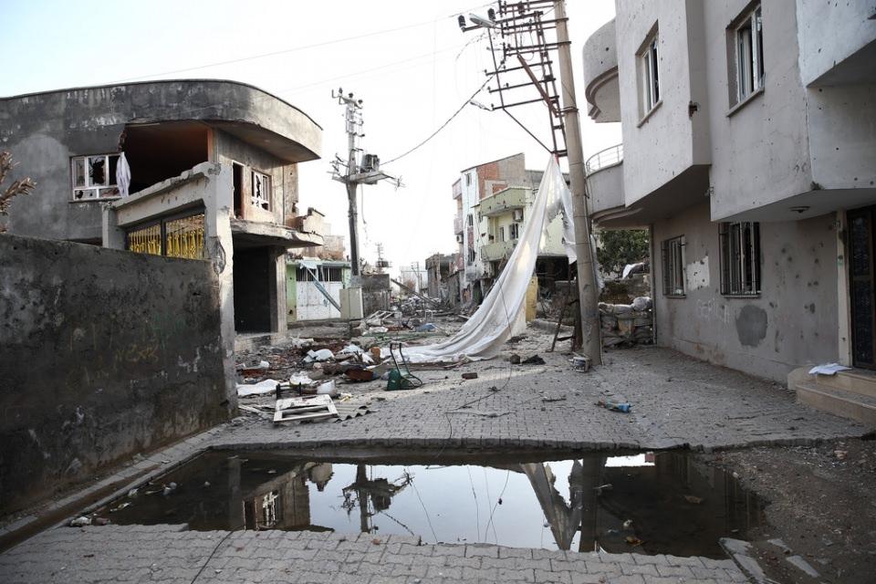 Cizre'de PKK'nın inlerine operasyon 19