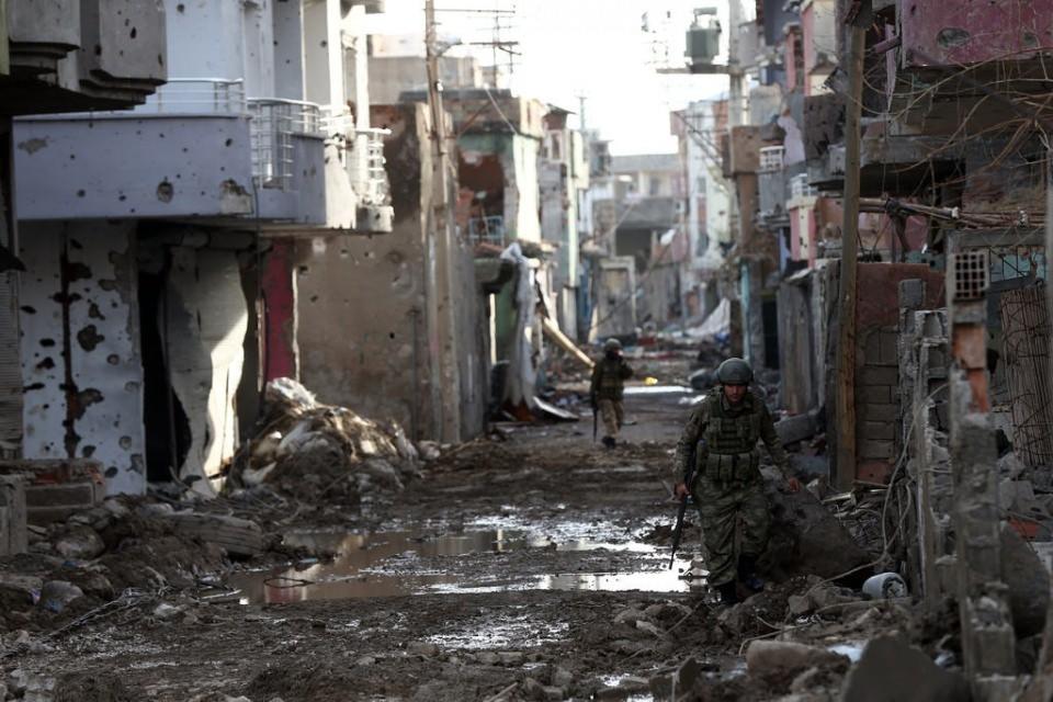 Cizre'de PKK'nın inlerine operasyon 2