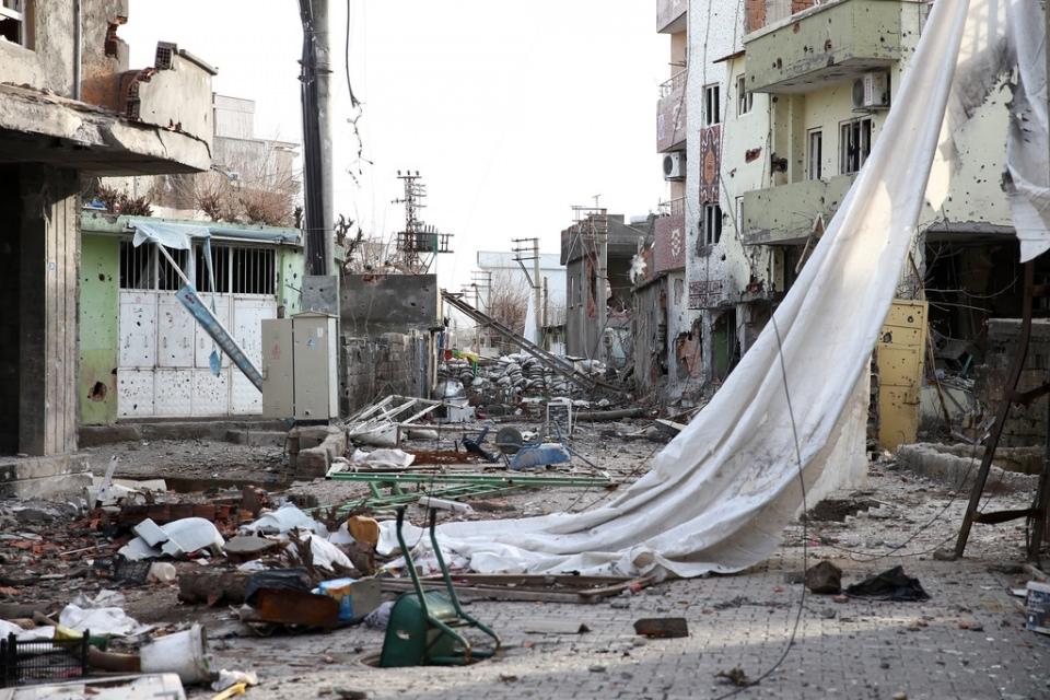 Cizre'de PKK'nın inlerine operasyon 20